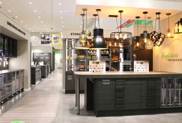 Wren Kitchens, Store Roll Out